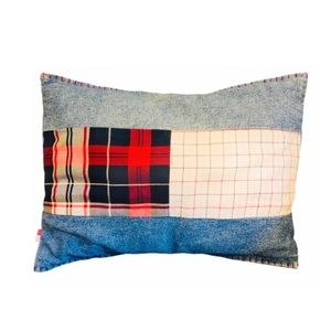 Vntg Denim Tommy Hilfiger Home Throw Pillow clean
